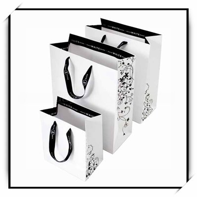 High Quality Custom Printed Paper Gift Bags In China